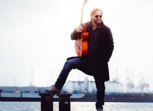 Al Di Meola – legendarny gitarzysta zagra we Wrocławiu! (3.11.20)