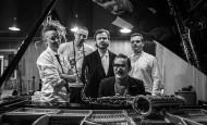 "Wojtek Mazolewski Quintet – ""Komeda"" w Starym Klasztorze! (15.04.19)"
